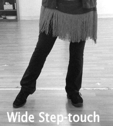 wide foot position for belly dancing